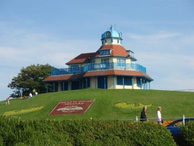 The Mount at Fleetwood showing the Crest planted up