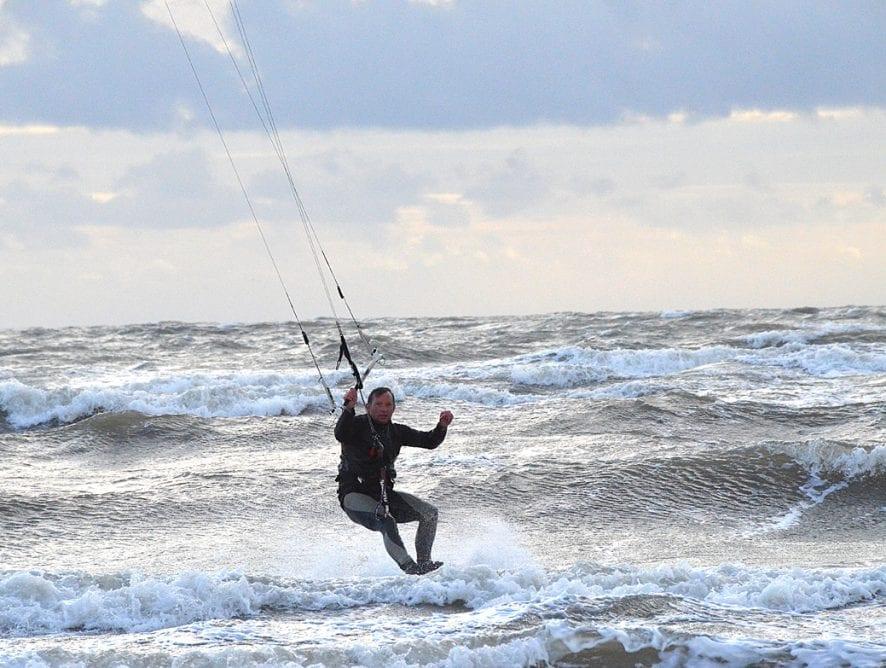 Kites and Kitesurfing