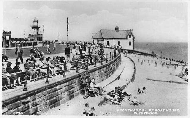 Old photos of Fleetwood. Fleetwood Prom and Lifeboat house
