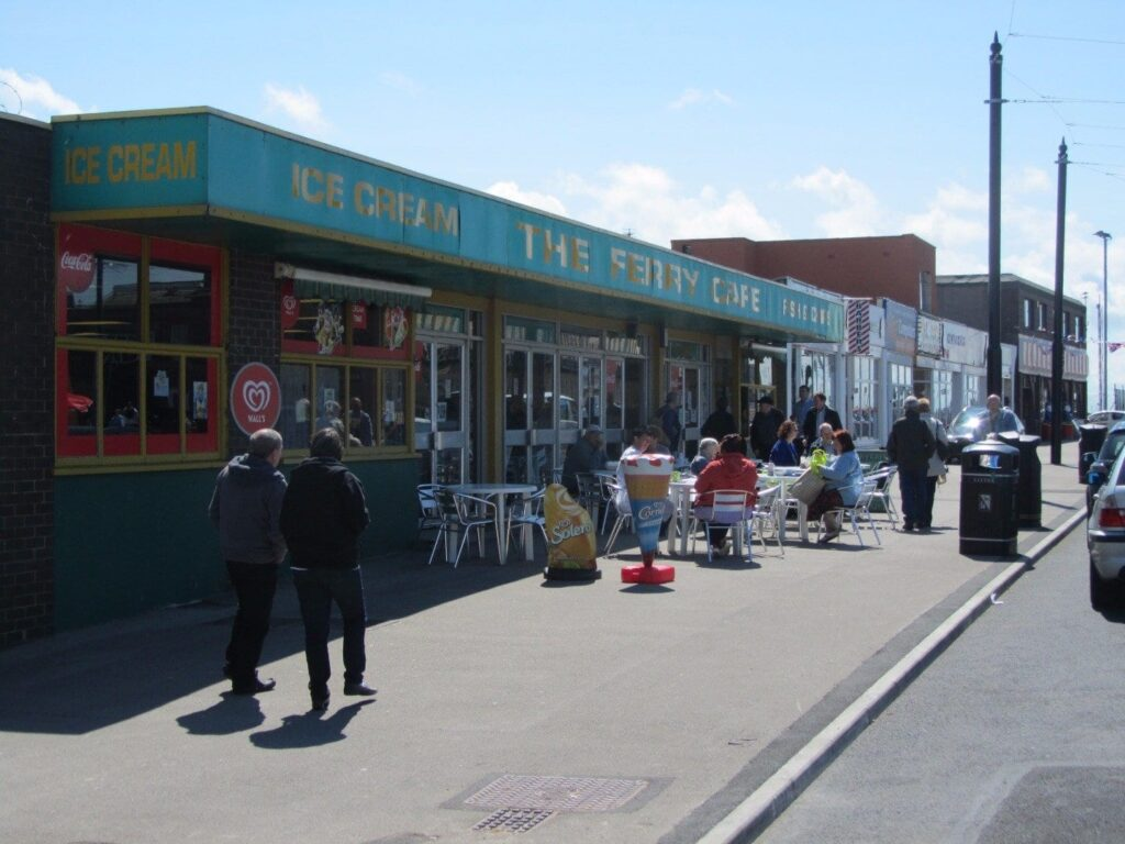 Ferry Cafe and amusements at The Esplanade