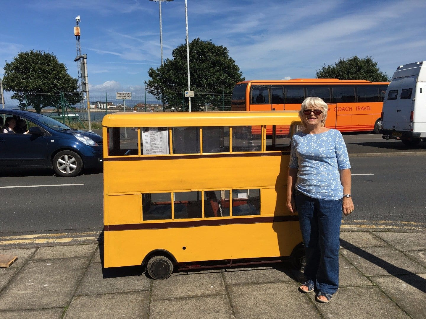 A little bus for Chrissie! Fleetwood Tram Sunday 2017 Photos