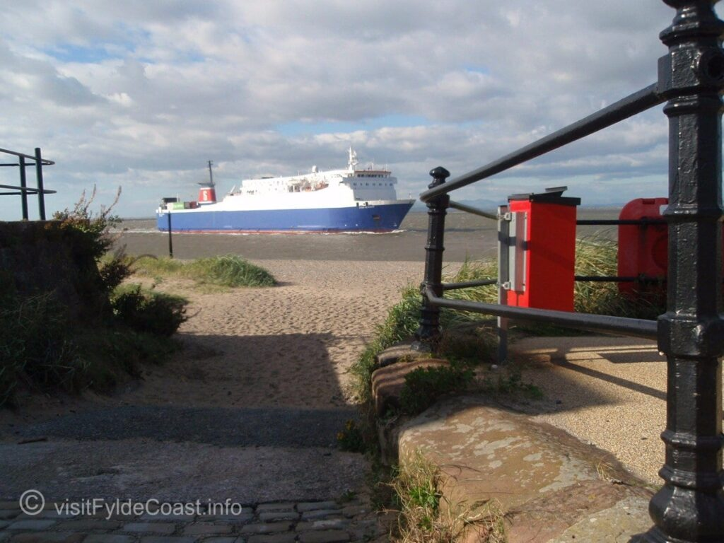 Stena Ferry coming in to Fleetwood in August 2010