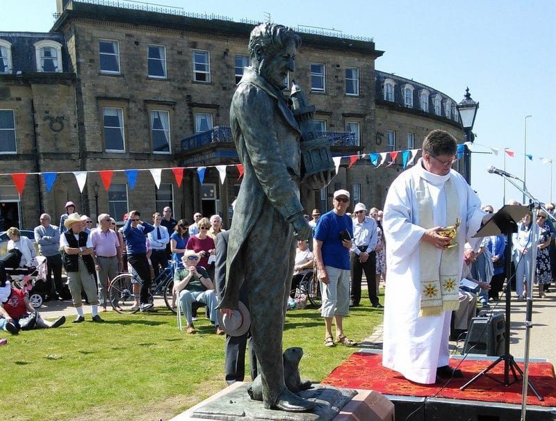 Dedication of the Statue